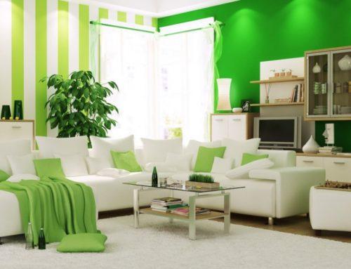 Дизайн интерьера с драгоценными тонами мебели